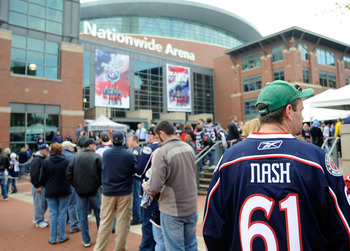 COLUMBUS, OH - APRIL 21:  Fans line up outside prior to the Columbus Blue Jackets take on teh Detroit Red Wings in Game Three of the Western Conference Quarterfinals of the 2009 NHL Stanley Cup Playoffs at Nationwide Arena on April 21, 2009 in Columbus, O