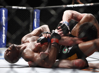 Anderson-silva-vs-chael-sonnen-submit_display_image