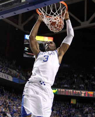 LEXINGTON, KY - JANUARY 03: Terrence Jones #3 of the Kentucky Wildcats dunks the ball during the game against the Penn Quakers at Rupp Arena on January 3, 2011 in Lexington, Kentucky.  (Photo by Andy Lyons/Getty Images)