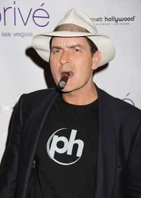 Charlie_sheen_main1_display_image