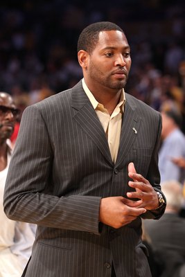 LOS ANGELES, CA - JUNE 06:  Former Los Angeles Laker' Robert Horry attends Game Two of the 2010 NBA Finals between the Boston Celtics and the Los Angeles Lakers at Staples Center on June 6, 2010 in Los Angeles, California. NOTE TO USER: User expressly ack