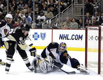 PITTSBURGH, PA - DECEMBER 28:  Mark Letestu #10 of the Pittsburgh Penguins scores past Ondrej Pavelec #31 of the Atlanta Thrashers at Consol Energy Center on December 28, 2010 in Pittsburgh, Pennsylvania.  The Penguins defeated the Thrashers 6-3.  (Photo