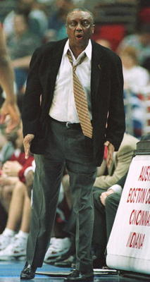 15 Mar 1996: Coach John Chaney of Temple yells instuctions to his team during the first half of the Temple v Oklahoma first round Southeast Regional game at the Orlando Arena in Orlando, Florida. Temple won 61-43.