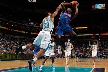 NEW ORLEANS, LA - DECEMBER 08:  Rodney Stuckey #3 of the Detroit Pistons shoots the ball over Willie Green #33 of the New Orleans Hornets at the New Orleans Arena on December 8, 2010 in New Orleans, Louisiana. The Hornets defeated the Pistons 93-74.   NOT