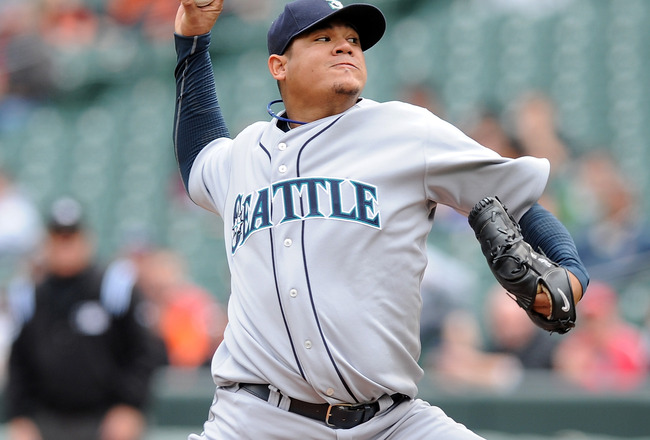 BALTIMORE - MAY 13:  Felix Hernandez #34 of the Seattle Mariners pitches against the Baltimore Orioles at Camden Yards on May 13, 2010 in Baltimore, Maryland.  (Photo by Greg Fiume/Getty Images)