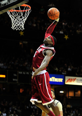 NASHVILLE, TN - FEBRUARY 10:  Tony Mitchell #5 of the Alabama Crimson Tide dunks against the Vanderbilt Commodores at Memorial Gym on February 10, 2011 in Nashville, Tennessee.  (Photo by Grant Halverson/Getty Images)
