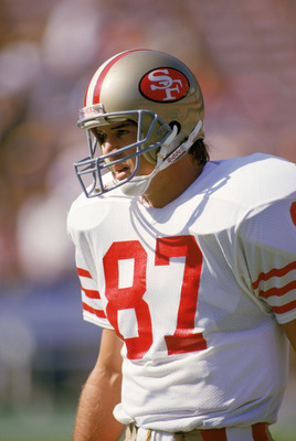1987:  Dwight Clark plays in an NFL game for the San Francisco 49ers.  (Photo by Rick Stewart/Getty Images)
