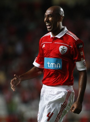 LISBON, PORTUGAL - AUGUST 28:  Luisao of Benfica celebrates after scoring during the Portuguese Liga match between Vitoria Setubal and Benfica at Luz Stadium on August 28, 2010 in Lisbon, Portugal.  (Photo by Patricia de Melo/EuroFootball/Getty Images)