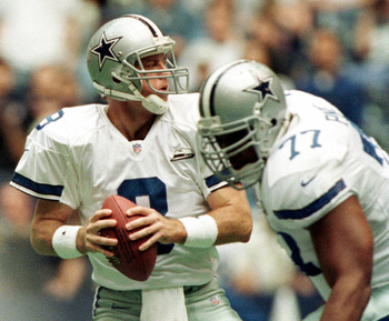 29 Oct 2000:   Dallas Cowboys quarterback #8 Troy Aikman throws the ball against the Jacksonville Jaguars in the first quarter at Texas Stadium in Irving, Texas.  Aikman left the game with reported back problems after thowing for 5 attempts and 4 completi