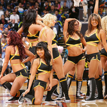 Warriorsgirls_display_image