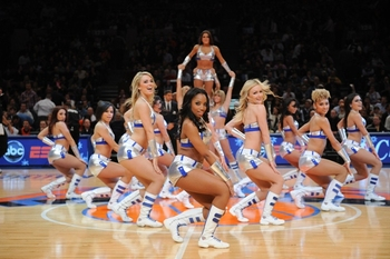Knicksdancers_display_image