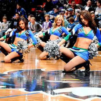 Twolvesdancers_display_image