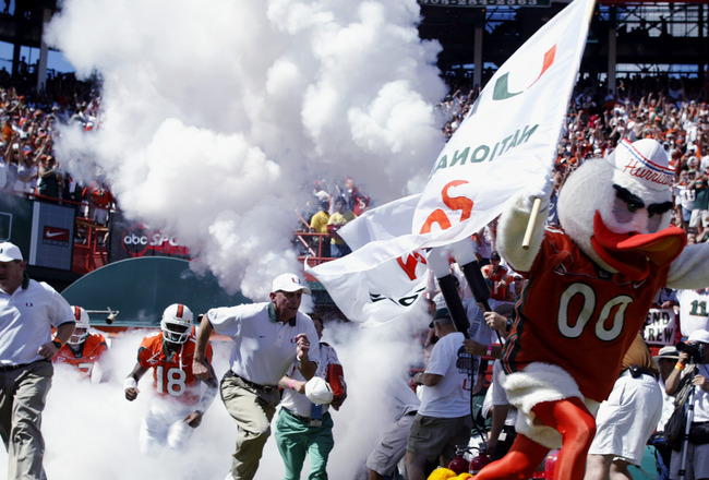 MIAMI - OCTOBER 12:   Miami Hurricanes mascot Sebastian the Ibis leads the team onto the field before the game against Florida State on October 12, 2002 at the Orange Bowl in Miami, Florida.  Miami edged Florida State 28-27.  (Photo by Andy Lyons/Getty Im