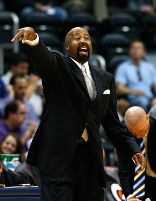 ATLANTA - OCTOBER 28:  Head coach Mike Woodson of the Atlanta Hawks yells to his team against the Indiana Pacers at Philips Arena on October 28, 2009 in Atlanta, Georgia.  (Photo by Kevin C. Cox/Getty Images)