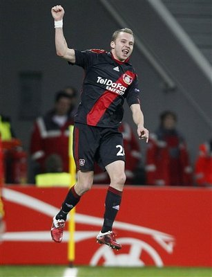 Kadlec scores aaginst Villareal in Europa League on Thursday