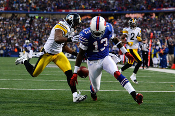 ORCHARD PARK, NY - NOVEMBER 28:  Steve Johnson #13 of the Buffalo Bills drops a pass in the end zone during overtime against the Pittsburgh Steelers at Ralph Wilson Stadium on November 28, 2010 in Orchard Park, New York.  (Photo by Karl Walter/Getty Image