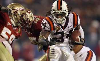 CHARLOTTE, NC - DECEMBER 04:  Ryan Williams #34 of the Virginia Tech Hokies against the Florida State Seminoles during their game at Bank of America Stadium on December 4, 2010 in Charlotte, North Carolina.  (Photo by Streeter Lecka/Getty Images)