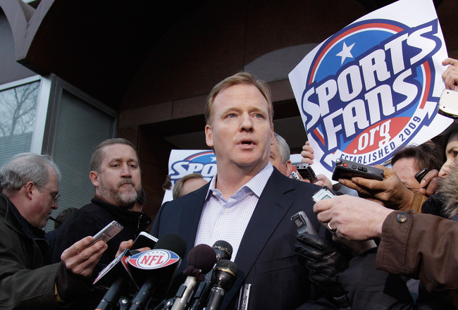 WASHINGTON, DC - MARCH 11:   NFL Commissioner Roger Goodell talks with the media outside the Federal Mediation and Conciliation Service building March 11, 2011 in Washington, DC. The NFLPA has filed for decertification and will no longer be the exclusive