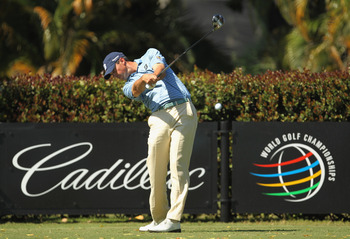DORAL, FL - MARCH 13:  Matt Kuchar hits his tee shot on the sixth hole during the final round of the 2011 WGC- Cadillac Championship at the TPC Blue Monster at the Doral Golf Resort and Spa on March 13, 2011 in Doral, Florida.  (Photo by Mike Ehrmann/Gett