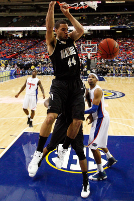 ATLANTA, GA - MARCH 12:  Jeffery Taylor #44 of the Vanderbilt Commodores dunks on the Florida Gators during the semifinals of the SEC Men's Basketball Tournament at Georgia Dome on March 12, 2011 in Atlanta, Georgia.  (Photo by Kevin C. Cox/Getty Images)