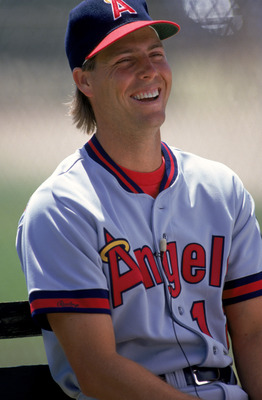 ANAHEIM - 1990:  Portrait of Mark Langston #21 of the California Angels during their 1990 season game at Anaheim Stadium in Anaheim, California. (Photo by:  Markus Boesch/Getty Images)