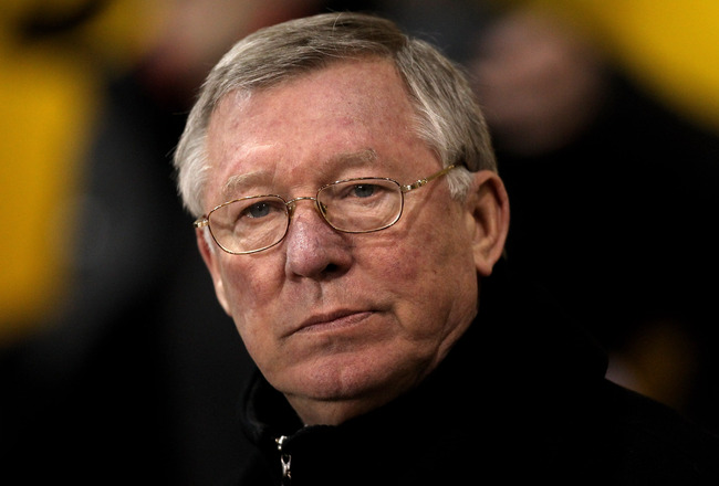 BLACKPOOL, ENGLAND - JANUARY 25:  Manchester United Manager Sir Alex Ferguson looks on prior to the Barclays Premier League match between Blackpool and Manchester United at Bloomfield Road on January 25, 2011 in Blackpool, England. (Photo by Alex Livesey/