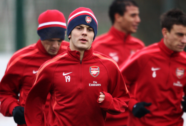 ST ALBANS, ENGLAND - DECEMBER 15:  Jack Wilshere runs during the Arsenal Training Session at London Colney on December 15, 2010 in St Albans, England.  (Photo by Dean Mouhtaropoulos/Getty Images)