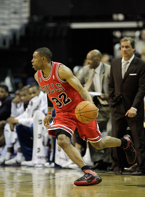 WASHINGTON, DC - FEBRUARY 28:  C.J. Watson #32 of the Chicago Bulls against the Washington Wizards at the Verizon Center in Washington on February 28, 2011 in Washington, DC. NOTE TO USER: User expressly acknowledges and agrees that, by downloading and/or