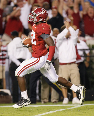 TUSCALOOSA, AL - OCTOBER 02:  C.J. Mosley #32 of the Alabama Crimson Tide against the Florida Gators at Bryant-Denny Stadium on October 2, 2010 in Tuscaloosa, Alabama.  (Photo by Kevin C. Cox/Getty Images)