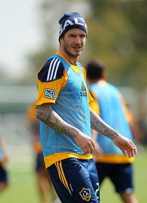 CARSON, CA - FEBRUARY 24:  David Beckham #23 of the Los Angeles Galaxy trains at The Home Depot Center on February 24, 2011 in Carson, California.  (Photo by Victor Decolongon/Getty Images)