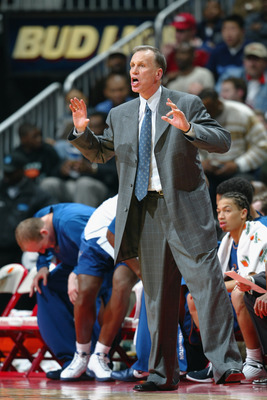 ATLANTA - DECEMBER 17:  Head coach Doug Collins of the Washington Wizards shouts instructions to his team during the game against the Atlanta Hawks on December 17, 2002 at Phillips Arena in Atlanta, Georgia.  The Wizards won 109-99.  NOTE TO USER: User ex