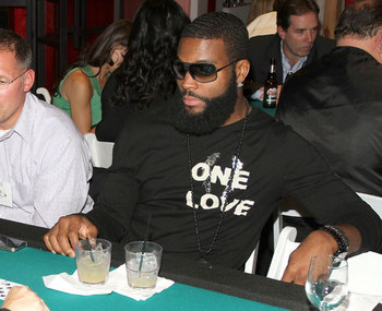 Braylon-edwards-drunk_display_image