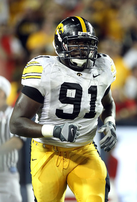 TUCSON, AZ - SEPTEMBER 18:  Defensive end Broderick Binns #91 of the Iowa Hawkeyes in action during the college football game against the Arizona Wildcats at Arizona Stadium on September 18, 2010 in Tucson, Arizona. The Wildcats defeated the Hawkeyes 34-2