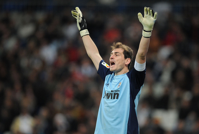 MADRID, SPAIN - FEBRUARY 02:  Iker Casillas of Real Madrid reacts during the Copa del Rey semi-final second leg match between Real Madrid and Sevilla at Estadio Santiago Bernabeu on February 2, 2011 in Madrid, Spain.  (Photo by Denis Doyle/Getty Images)
