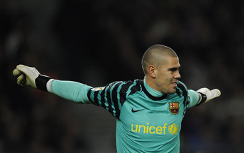 BARCELONA, SPAIN - MARCH 05:  Victor Valdes of FC Barcelona looks on during the La liga match between Barcelona and Real Zaragoza at Camp Nou on March 5, 2011 in Barcelona, Spain. Barcelona won 1-0.  (Photo by David Ramos/Getty Images)