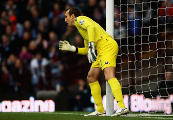 BIRMINGHAM, ENGLAND - FEBRUARY 05:  Mark Schwarzer of Fulham in action during the Barclays Premier League match between Aston Villa and Fulham at Villa Park on February 5, 2011 in Birmingham, England.  (Photo by Matthew Lewis/Getty Images)