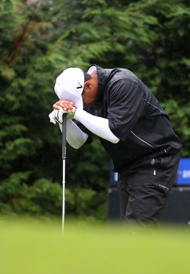 MELBOURNE, AUSTRALIA - NOVEMBER 13: Tiger Woods of Australia looks dejected after hitting a shot into the rough during round three of the Australian Masters at The Victoria Golf Club on November 13, 2010 in Melbourne, Australia.  (Photo by Robert Cianflon