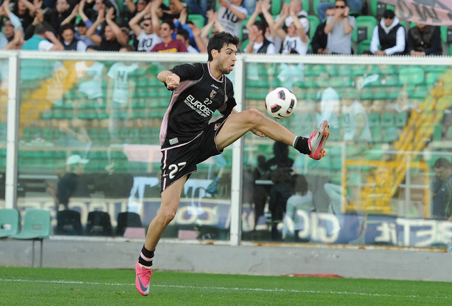 PALERMO, ITALY - MARCH 16:  Javier Pastore of US Citta di Palermo in action during a training session at Stadio Renzo Barbera on March 16, 2011 in Palermo, Italy.  (Photo by Tullio M. Puglia/Getty Images)