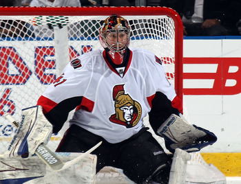 SUNRISE, FL - MARCH 10:  Craig Anderson #41 of the Ottawa Senators tends net against the Florida Panthers at the BankAtlantic Center on March 10, 2011 in Sunrise, Florida.  (Photo by Bruce Bennett/Getty Images)