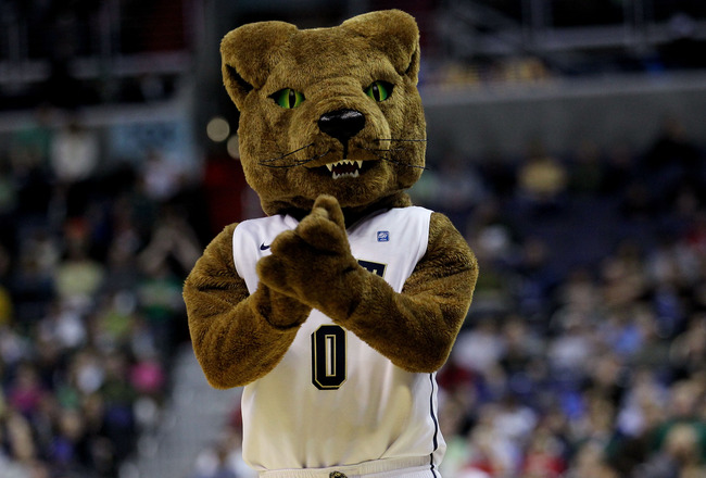 WASHINGTON - MARCH 17:  The Pittsburgh Panthers mascot cheers during the second round of the 2011 NCAA men's basketball tournament at the Verizon Center on March 17, 2011 in Washington, DC.  (Photo by Nick Laham/Getty Images)