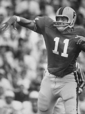 Bill-eppridge-univ-of-florida-quarterback-steve-spurrier-top-professional-football-draft-pick_display_image