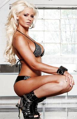 Maryse_ouellet_bikini_summum7_lg_display_image