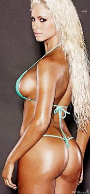 Maryse_ouellet_bikini_summum3_lg_display_image