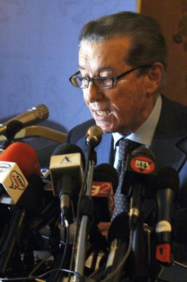 ROME - JULY 14:  The Federal Appeals Commission President Cesare Ruperto reads the verdicts regarding the fate of the Serie A football clubs, as well as the 25 people under investigation, at the Parco dei Principi hotel on July 14, 2006 in Rome, Italy. Ac