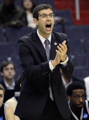 WASHINGTON - MARCH 19:  Butler Bulldogs head coach Brad Stevens instructs his players from the bench during the third round of the 2011 NCAA men's basketball tournament at Verizon Center on March 19, 2011 in Washington, DC.  (Photo by Rob Carr/Getty Image