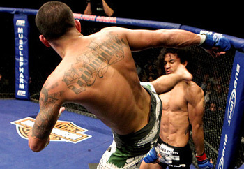 Anthony-pettis-kick_display_image_display_image