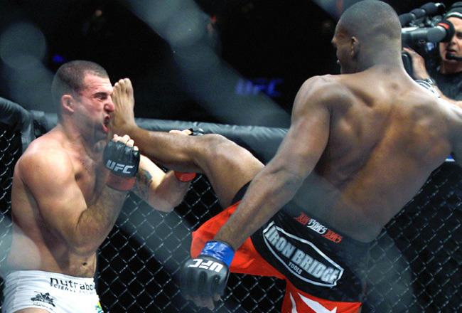 http://cdn.bleacherreport.net/images_root/slides/photos/000/799/547/jones-shogun.tx_crop_650x440.jpg?1300654533