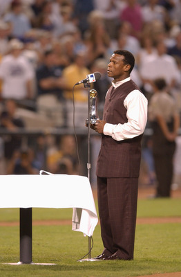 28 Oct 2001: Rickey Henderson of the San Diego Padres accepts the Commissioner's Historical Achievement Award before game two of the Major League Baseball World Series between the Arizona Diamondbacks and the New York Yankees at Bank One Ballpark in Phoen