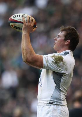LONDON, ENGLAND - FEBRUARY 12:  Dylan Hartley of England throws in at a line out during the RBS 6 Nations Championship match between England and Italy at Twickenham Stadium on February 12, 2011 in London, England.  (Photo by David Rogers/Getty Images)