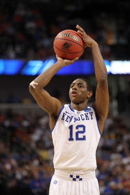 TAMPA, FL - MARCH 19:  Brandon Knight #12 of the Kentucky Wildcats shoots a free throw attempt against the West Virginia Mountaineers during the third round of the 2011 NCAA men's basketball tournament at St. Pete Times Forum on March 19, 2011 in Tampa, F
